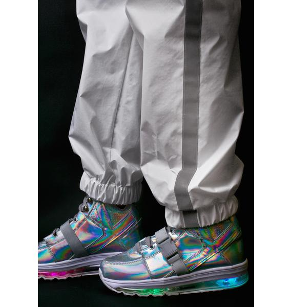 Y.R.U. Qozmo Aiire Light Up Hologram Sneakers
