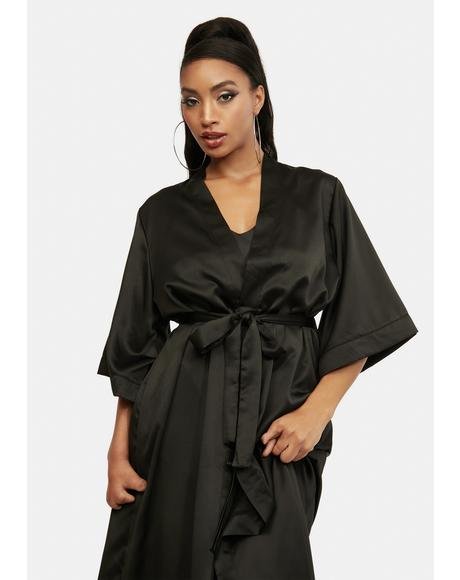 Glam Arrangement Robes