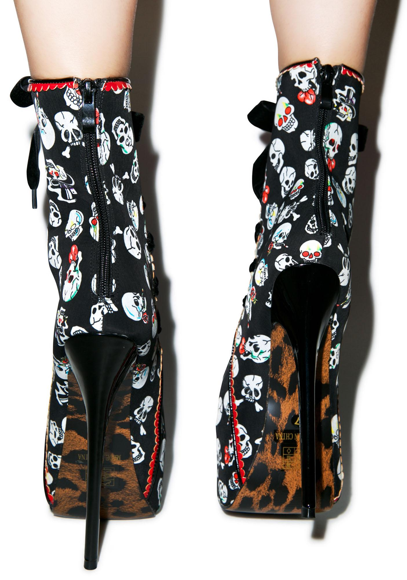 Amaranth Skull Platform Pumps