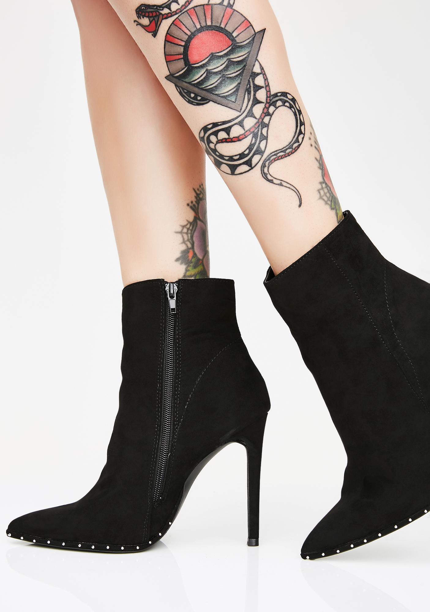 Finna Get Loose Ankle Booties