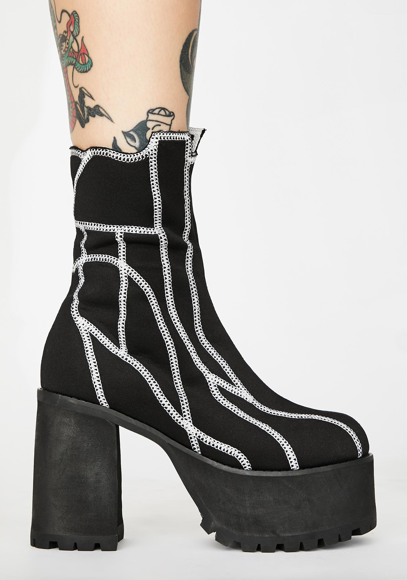 Poster Grl It's Called Clout Platform Boots