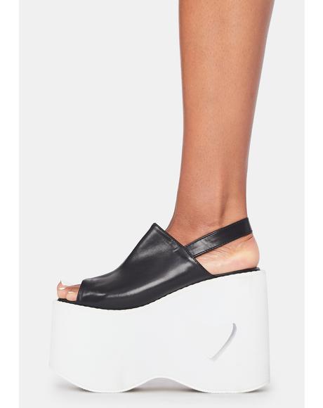 Heart To Please Platform Sandals