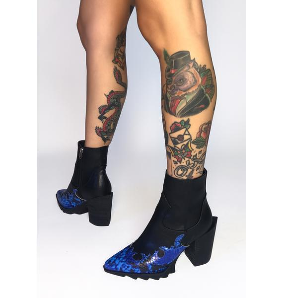 Lamoda Slithering Away Ankle Boots