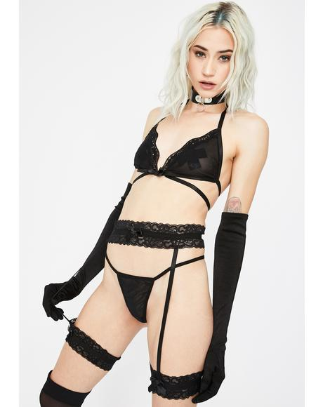 Can't Tame Me Garter Set