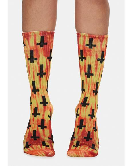 Lava Crosses Print Crew Socks