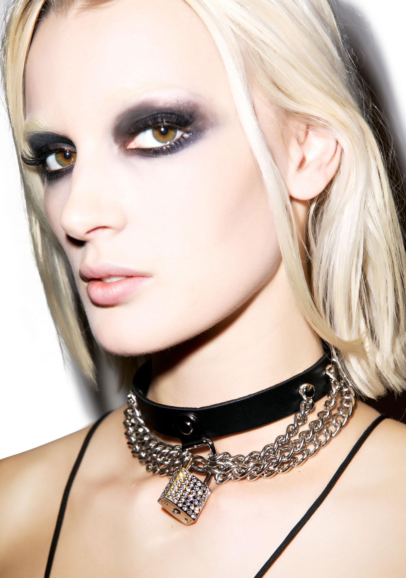 Club Exx Never Break The Chain Choker
