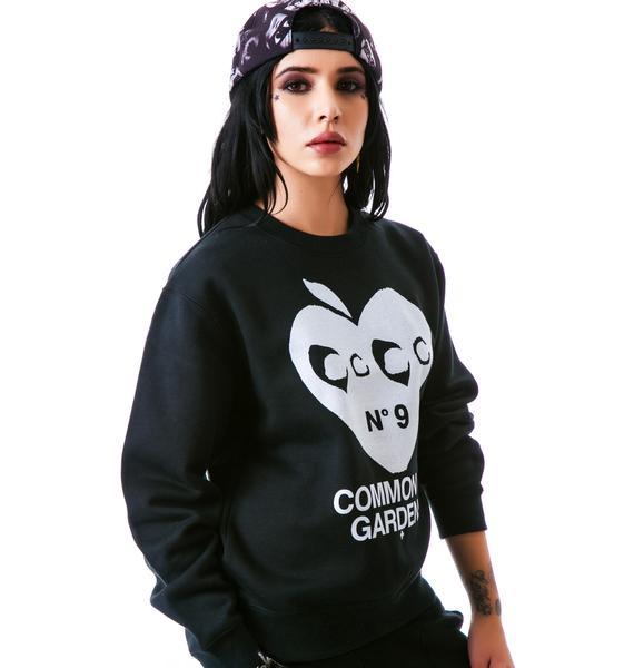 Hollywood Made UC Apple Heart Crew Pullover Sweatshirt
