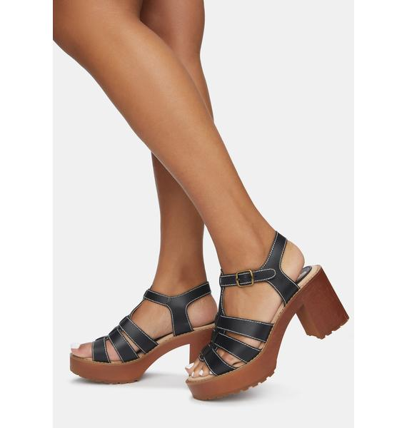 Sbicca Oakdale Leather Clog Sandals