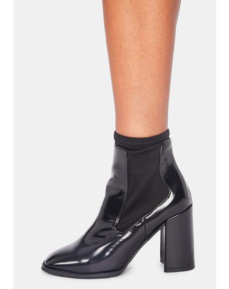 Noir Toe The Line Ankle Boots