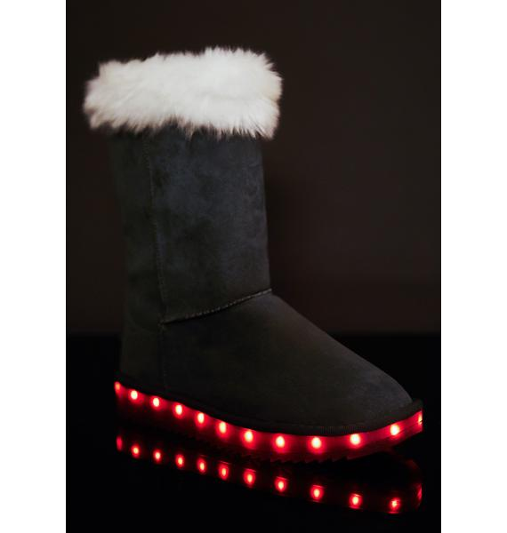 Smoky Stay Lit Snow Boots