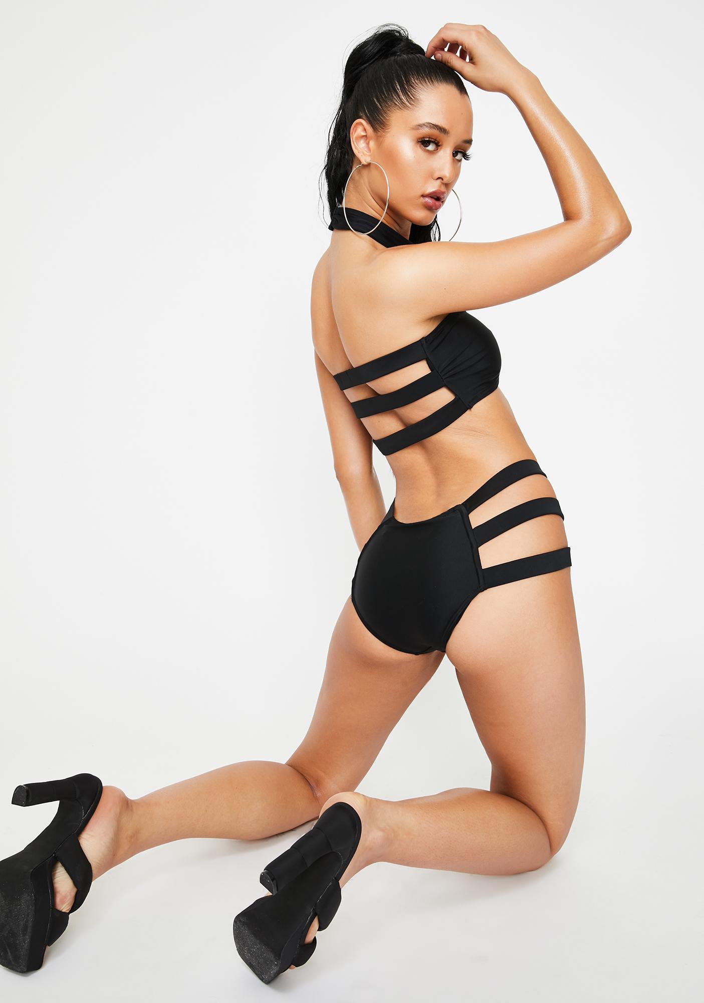 Poster Grl Hot In Hurrr Harness Bikini Set