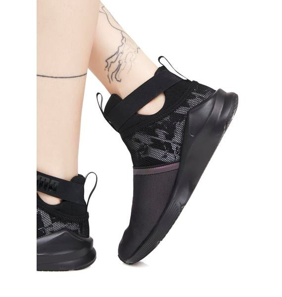 PUMA Fierce Strap Swan Sneaker