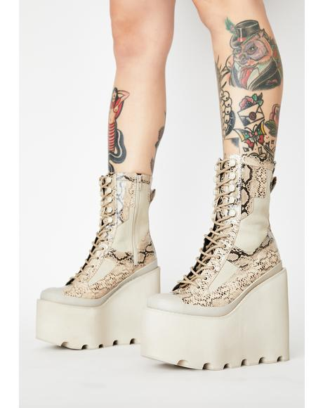 Toxic Field Girl Traitor Boots