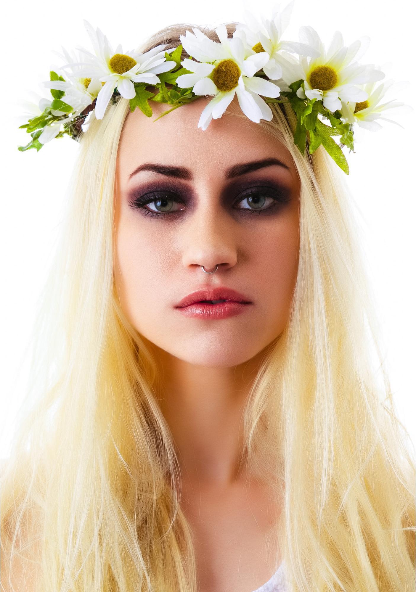 Cult Gaia Daisy Crown