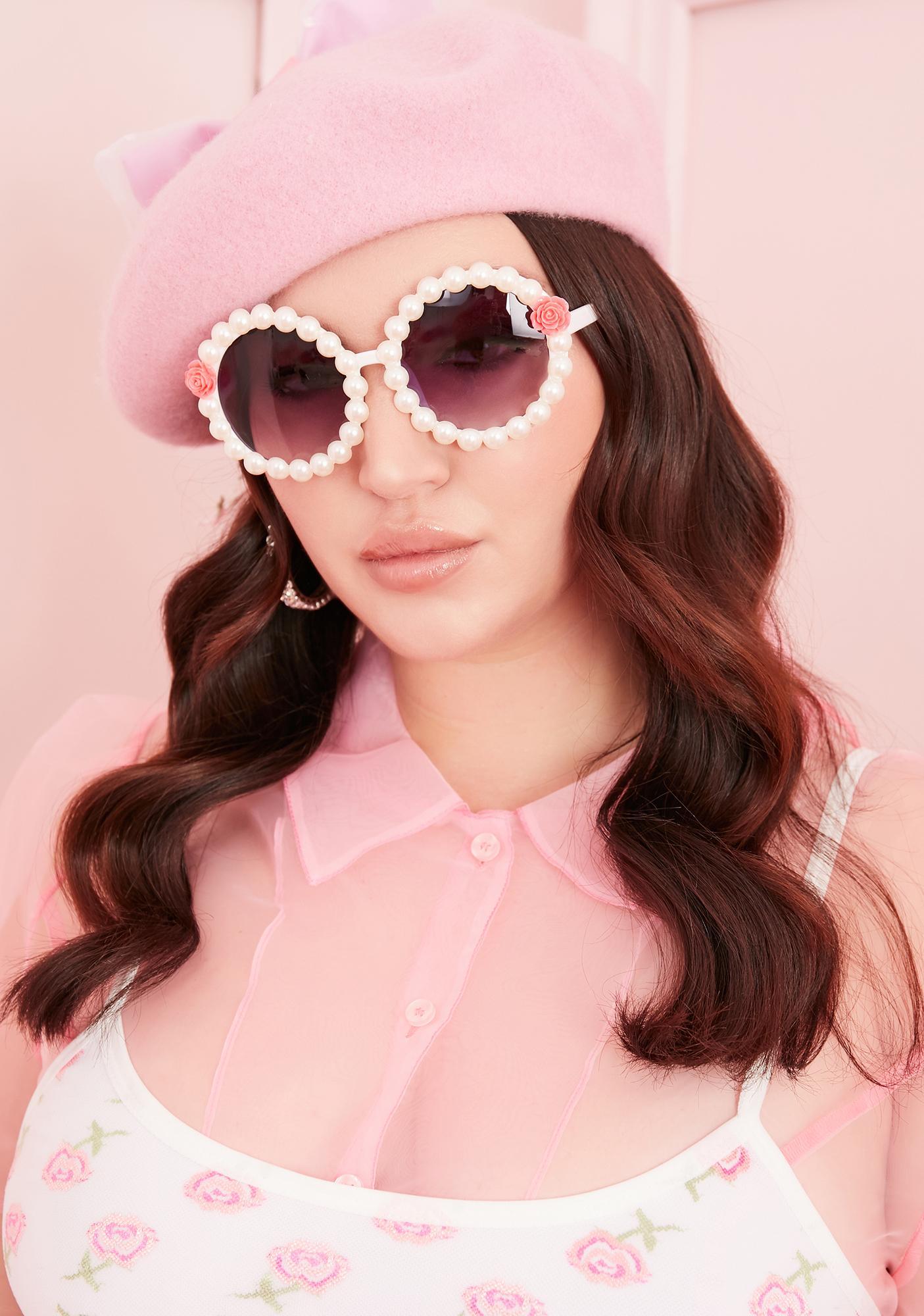 Untold Riches Round Sunglasses