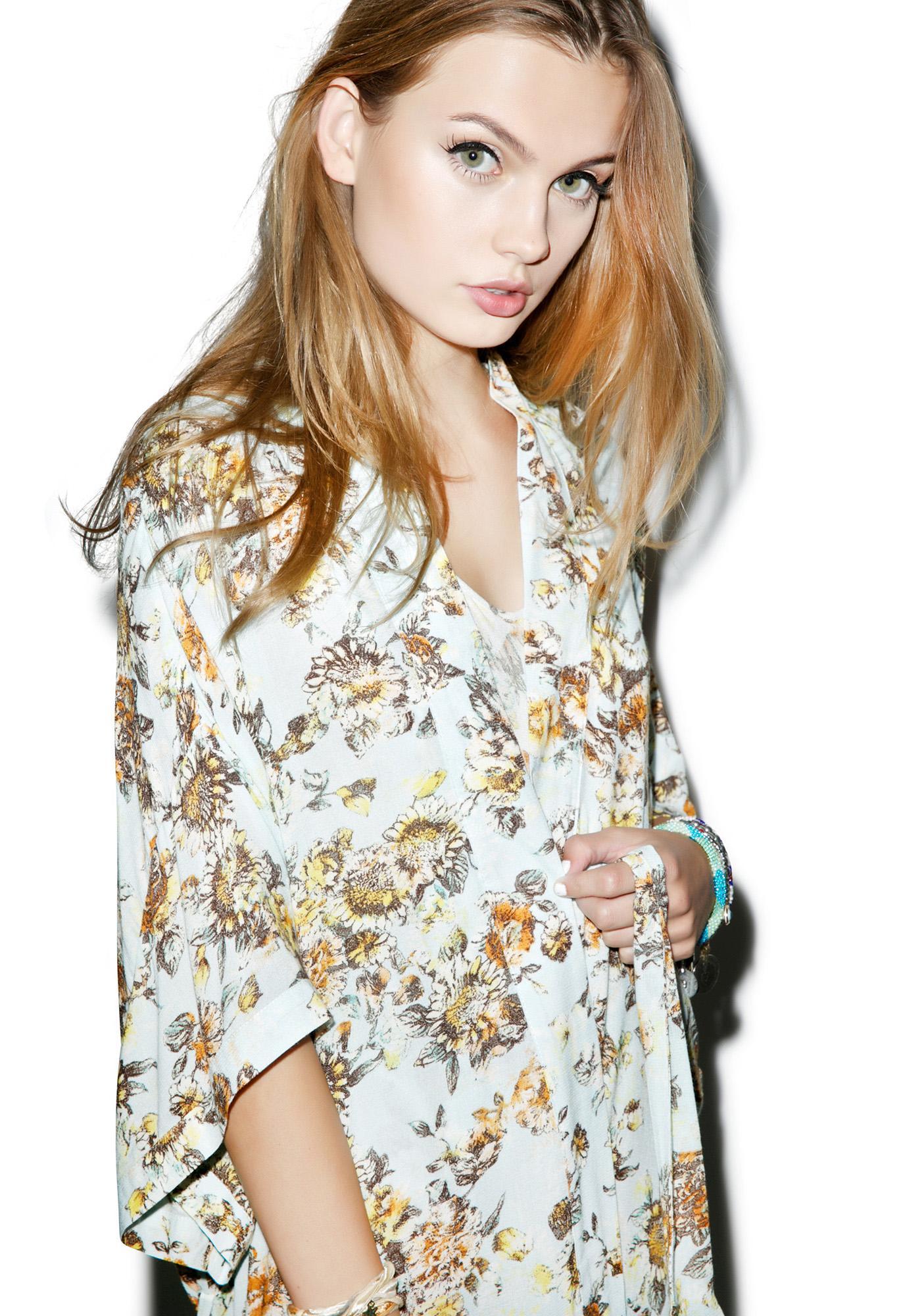 Somedays Lovin Bungalow Floral Maxi Kimono