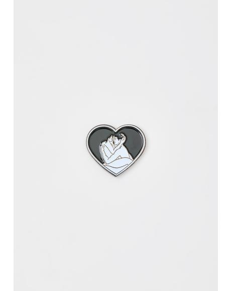 Kitty Play Enamel Pin