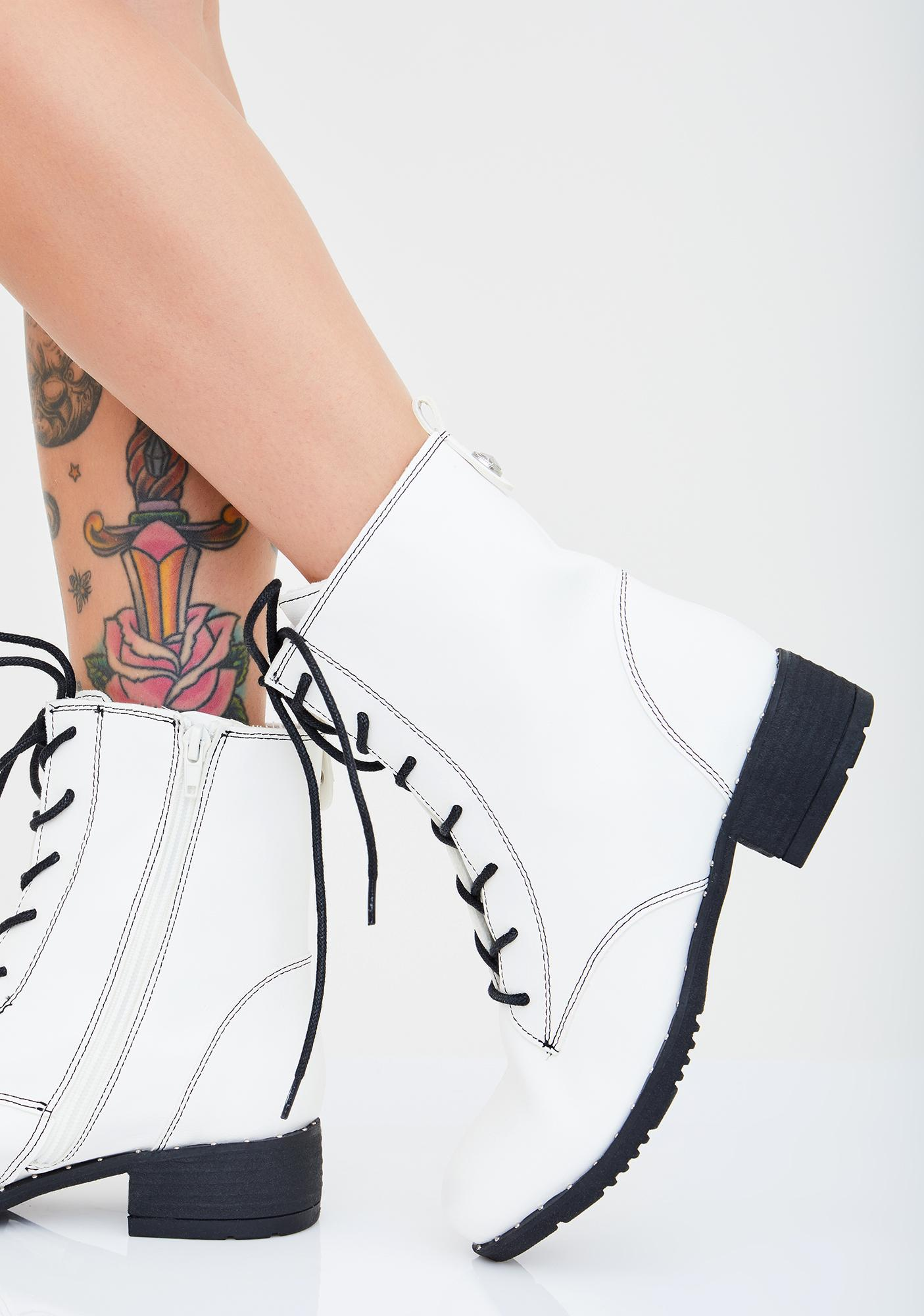 Salty Basic Witch Ankle Boots