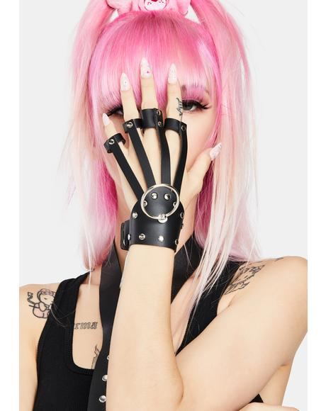 Bassline O-Ring Hand Bracelet
