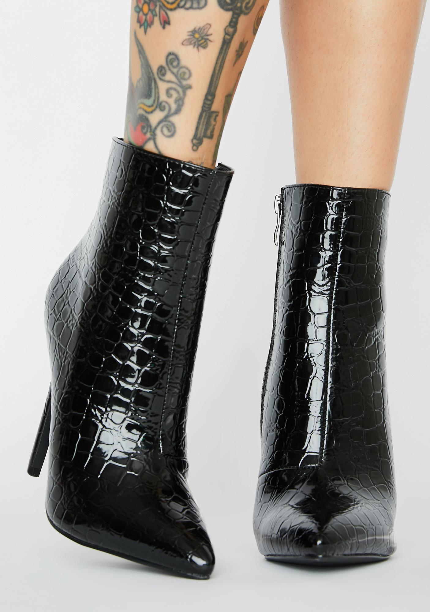 AZALEA WANG Gotta Have It Ankle Boots