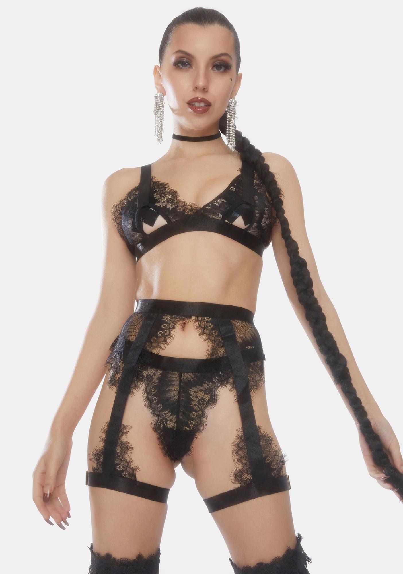 Oh la la Cheri Janet Garter Lace Lingerie Set