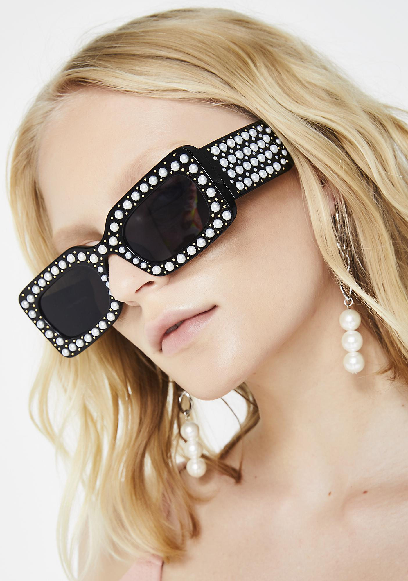 Fancy Me Pearl Sunglasses