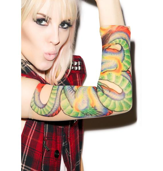 Gurl with A Dragon Tattoo Sleeves