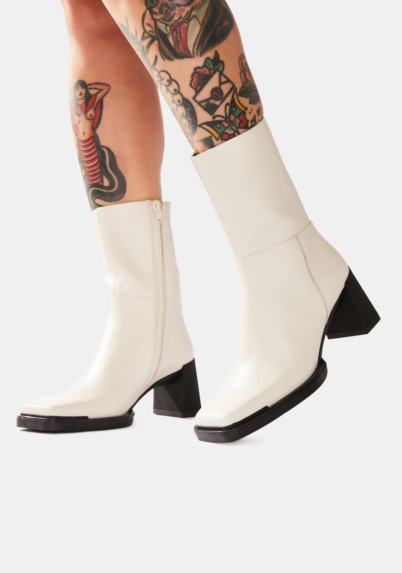 VAGABOND SHOEMAKERS White Edwina Leather Boots