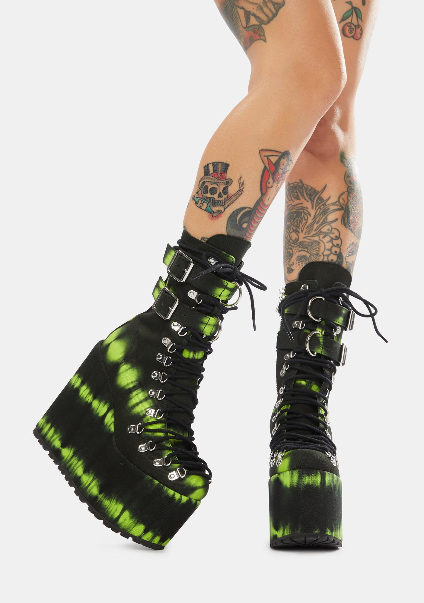 Current Mood Charged Up Traitor Boots