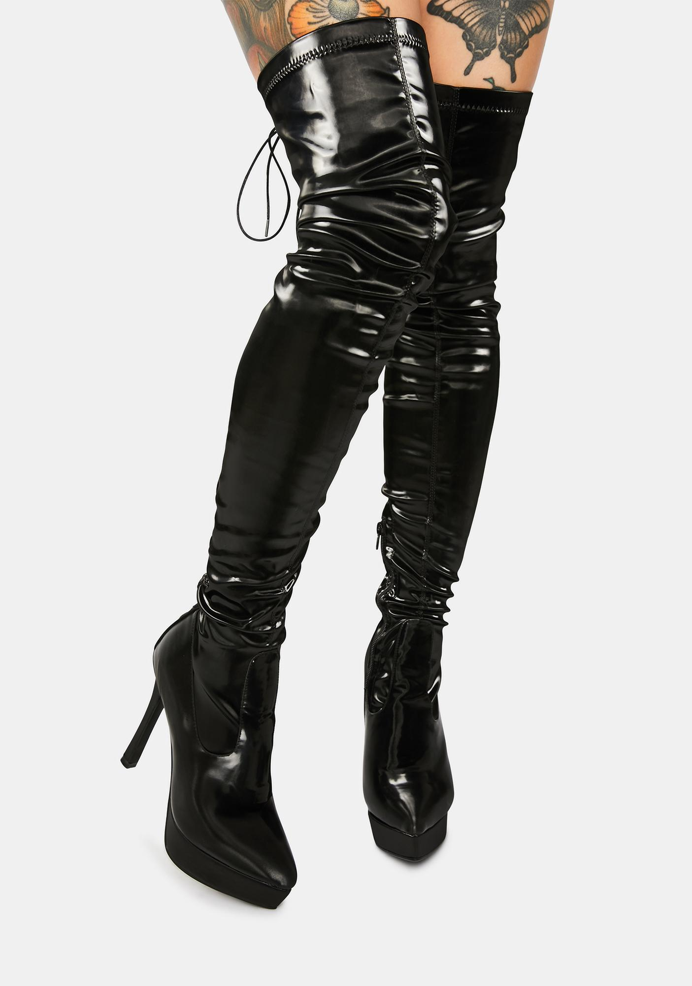 Poster Grl Cupid's Secret Stretch Thigh High Platform Boots