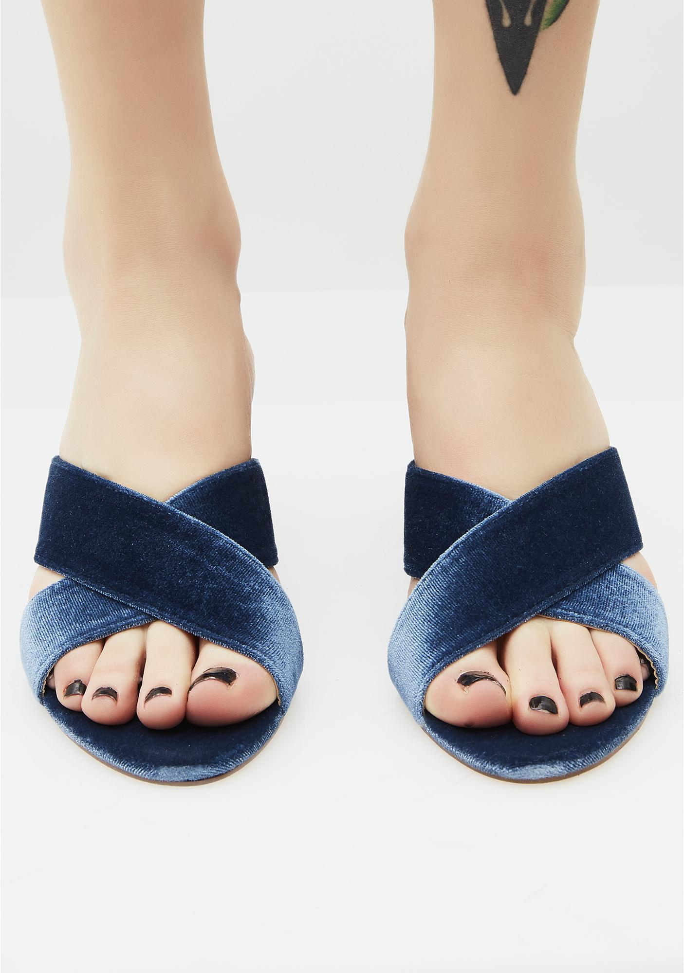Makin' Waves Velvet Sandals
