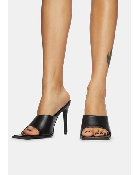 Got A Knack Square Toe Kitten Heels