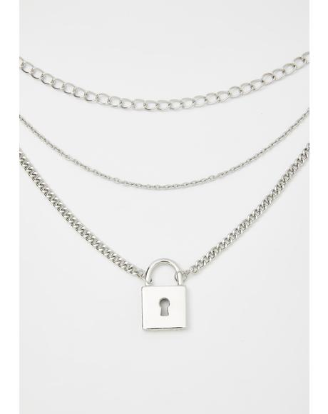 Keep The Suspense Chain Necklace