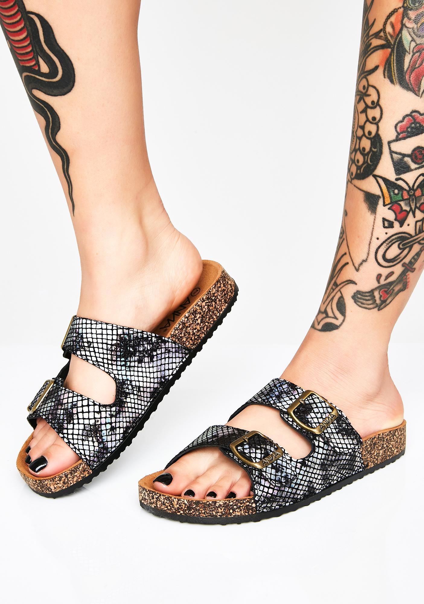 Venomous Steps Buckle Sandals
