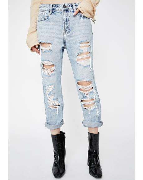 Light Wash Bailey Distressed Boyfriend Jeans