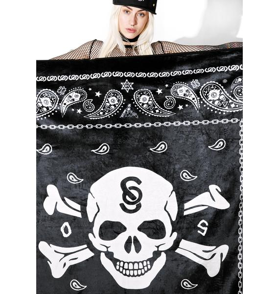Outerspace Skull Throw
