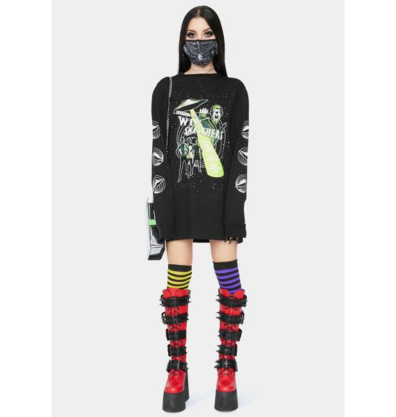 Dolls Kill Snatching Wigs Graphic Tee