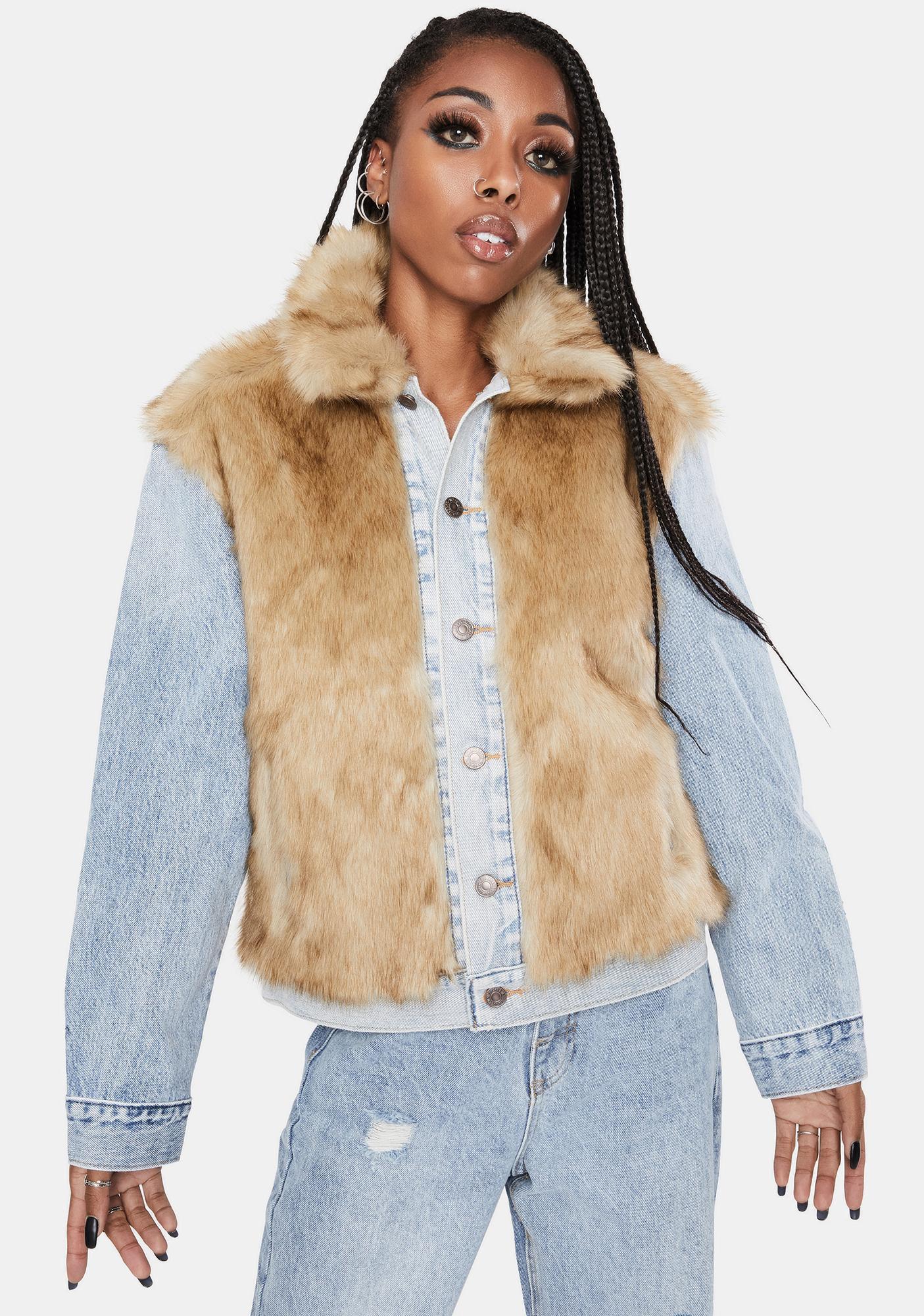 Levis Furry Fury Oversized Trucker Jacket