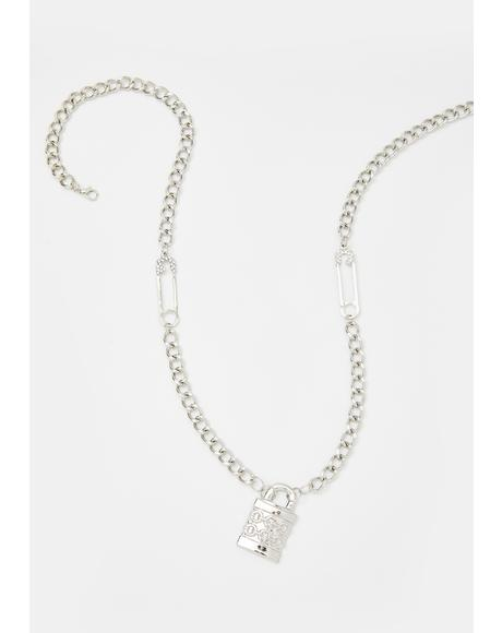 Impossible Escape Chain Necklace