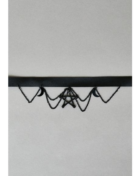 Neverending Night Pentagram Choker