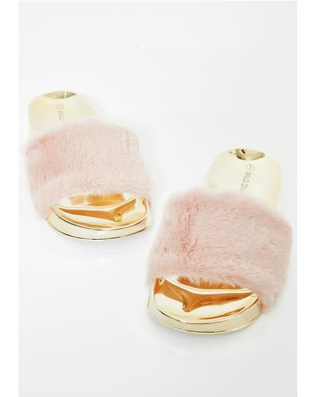 Miss Wannabe Rich Fur Slides