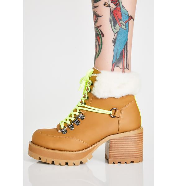 Poster Grl Trail Blazin' Hiking Boots