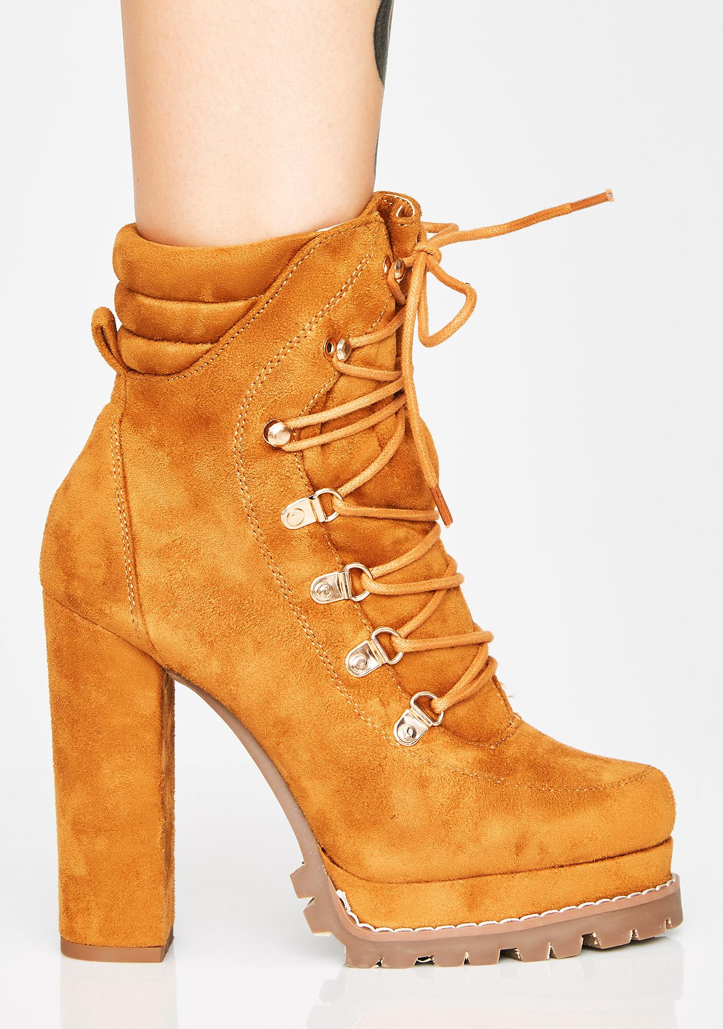 Chicago Winds Ankle Boots