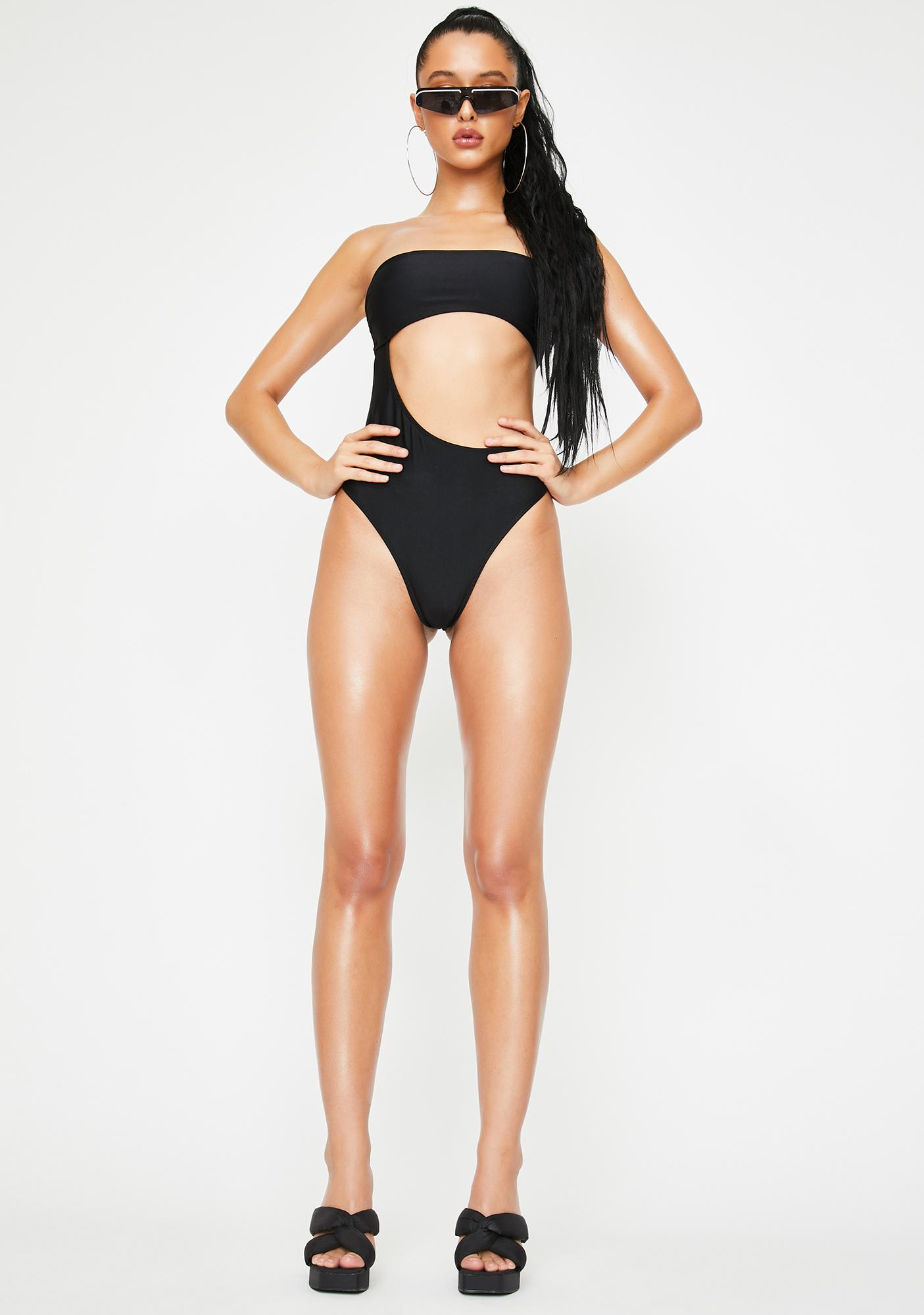 Poster Grl U Could Never Strapless Monokini