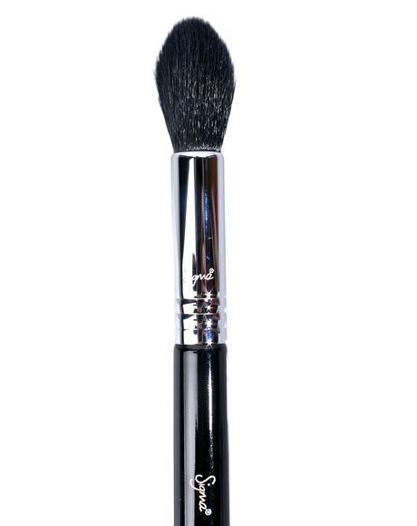 Tapered Highlighter Brush