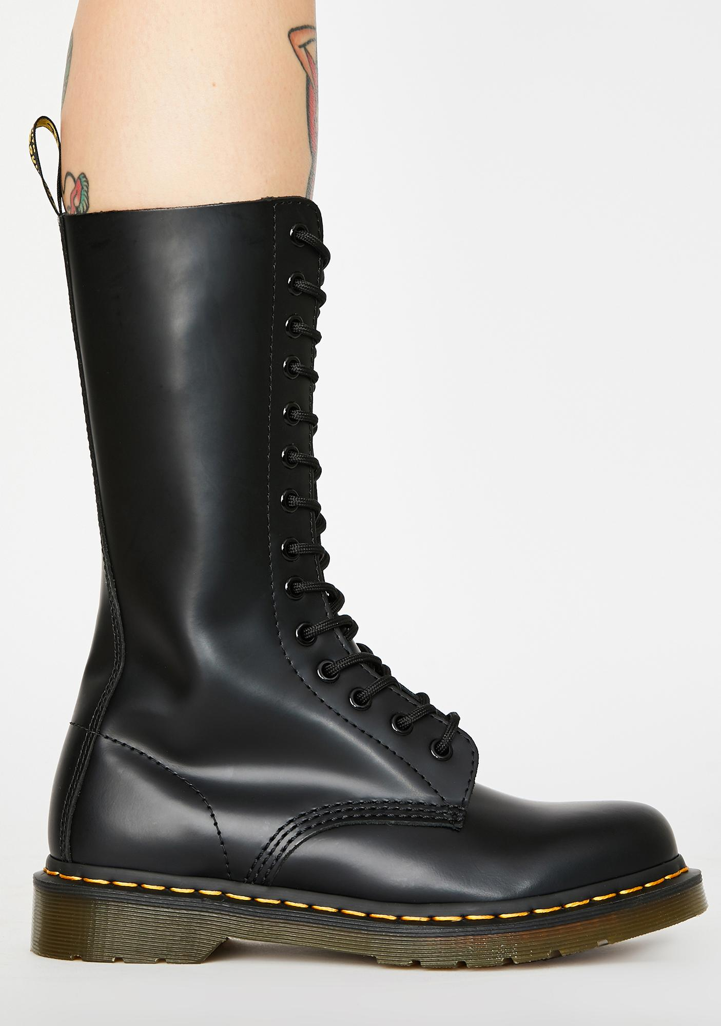Dr. Martens 1914 Smooth Combat Boots
