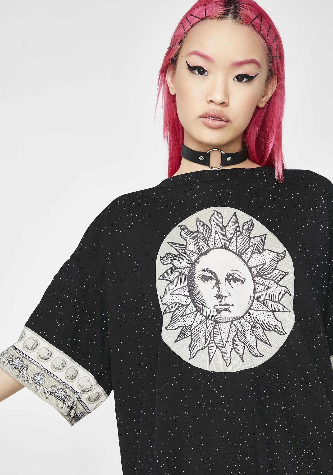 Motel Dark Sunny Kiss Tee Dress