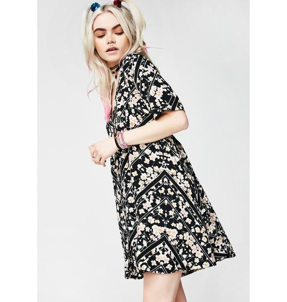 Motel Cosmic Daisy Crosena Babydoll Dress