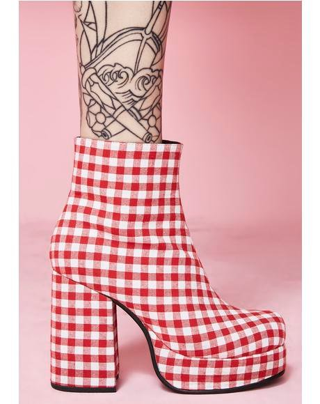 Swt Like Cherry Pie Gingham Boots