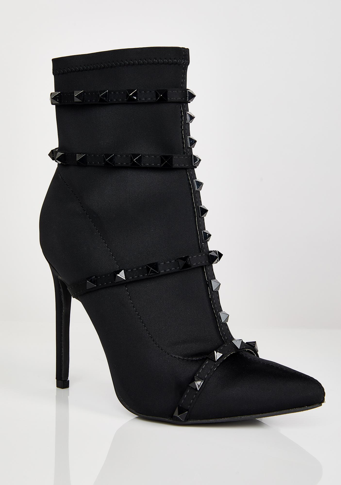 Onyx Neva Hesitate Studded Booties